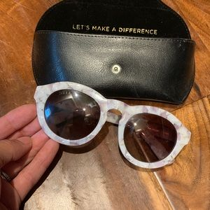 Diff marbled white sunglasses